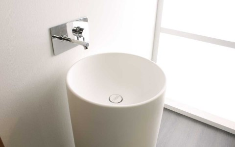CYLINDER FREE STANDING WASH BASIN
