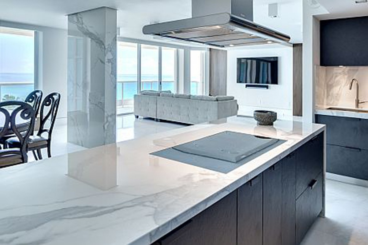 Neolith Into An Amazing Miami Beach Apartment Codis Bath